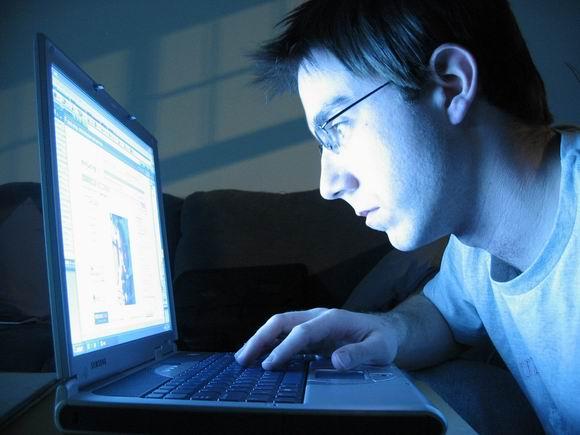 Поле боя - интернет... осторожно, за вами охотятся!