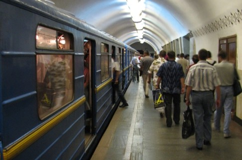 Как вести себя в метро